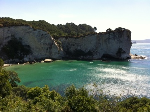 Gemstone Bay, Cathedral Cove Walk